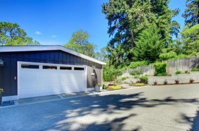 garage-door-repair-professionals-garage-door-replacement-1